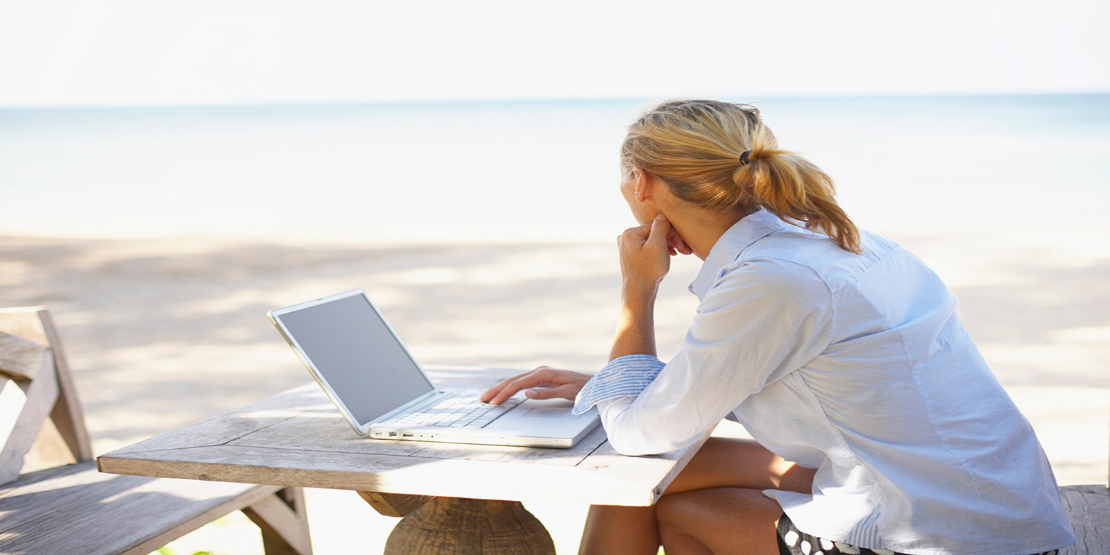 southernmost-laptop-woman-3